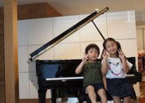 娘も気に入って毎日練習にはげんでいます  (中古ピアノ/ヤマハ)